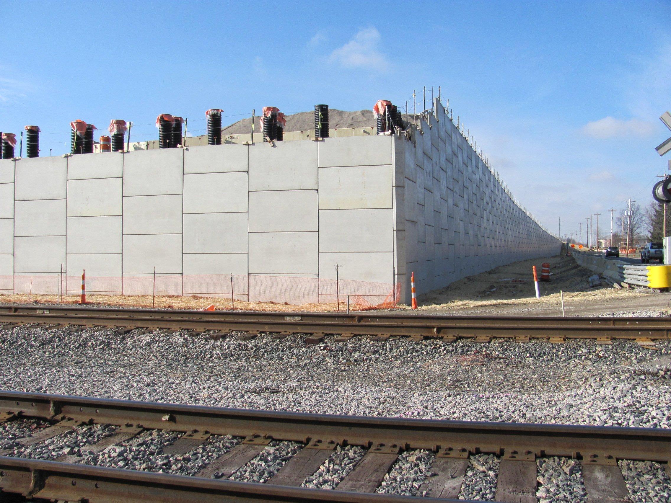 Retaining Wall for Rail Application